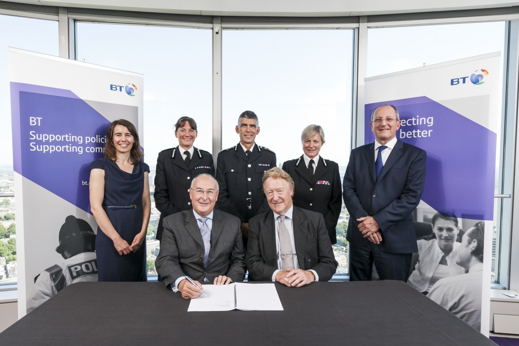 Signing of BT Network Contract for Surrey, Hants and Thames Vall